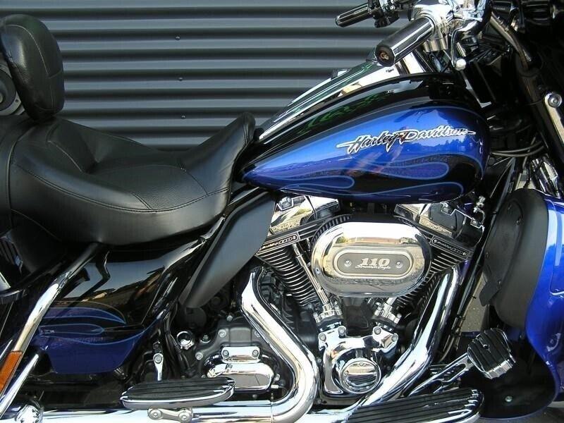 Harley-Davidson, FLHTCUSE CVO Electra Glide Ultra