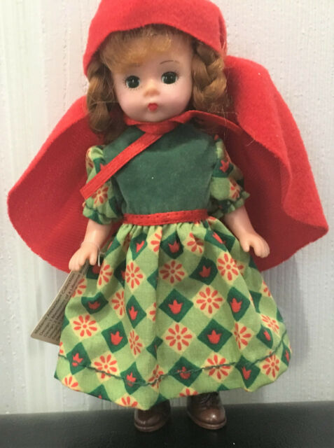 "MADAME ALEXANDER DOLL STORYBOOK ALICE DOLL APPROX 5/"" NEW"
