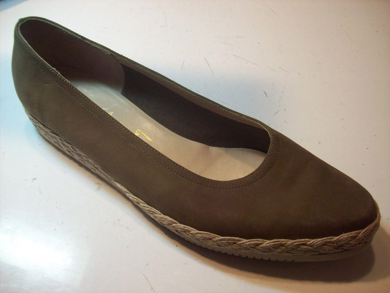 Salvatore Espadrille Ferragamo Taupe Green Brown Espadrille Salvatore Pumps Flats Shoe Size 10 cLOSeT 127360