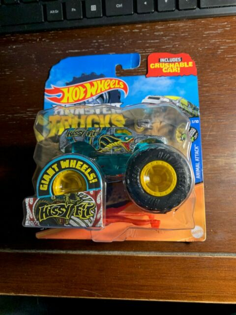 Hot Wheels Monster Trucks 2020 Giant Wheels 1:64 Hissy Fit Crushable Car