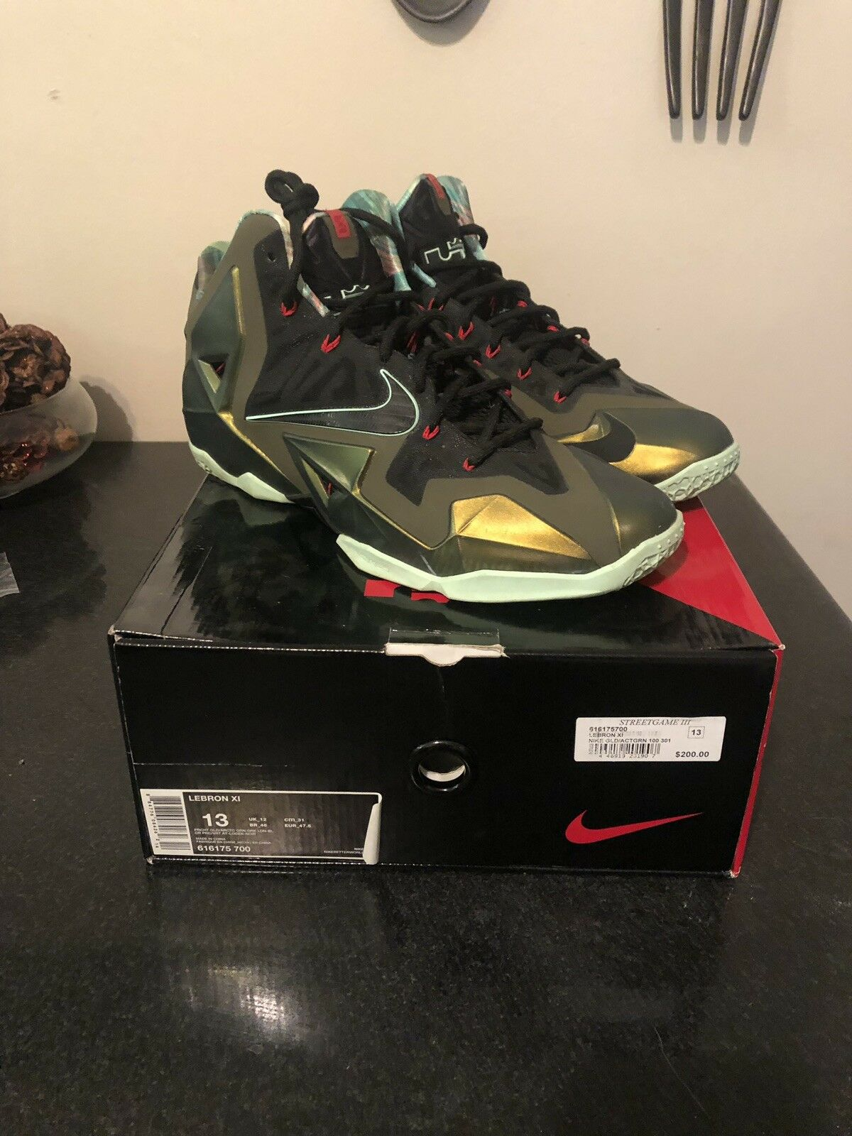 "Nike Lebron 11 ""Kings Pride"""