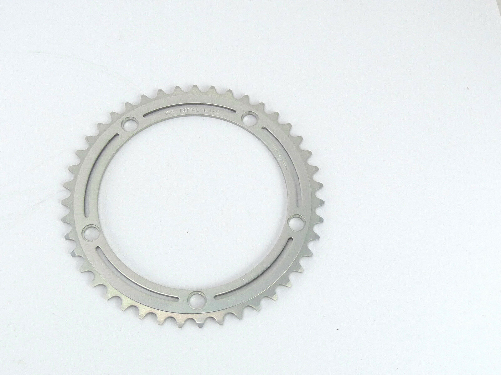 SR Royal Chainring 43t 3 32  144Bcd Vintage Road Bike FIT CAMPAGNOLO NUOVO NOS