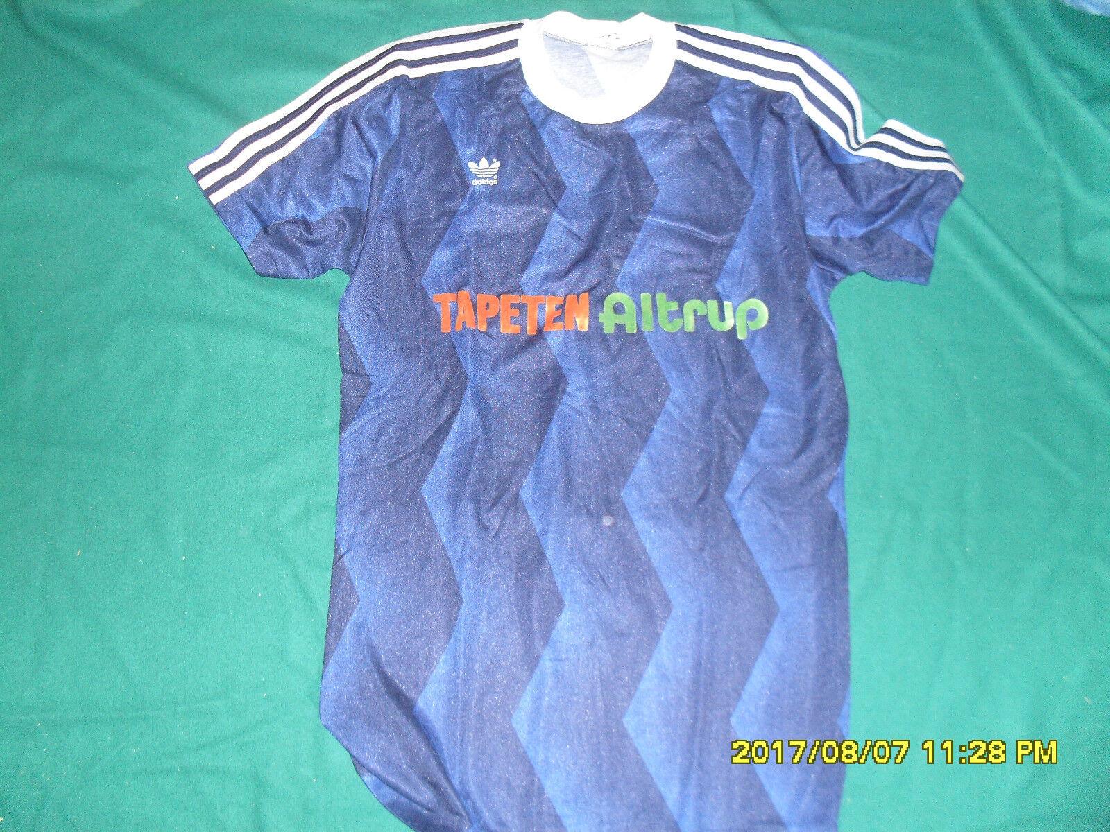 Tapeten Altrup adidas footballl shirt vintage maglia fussball trikot Jersey