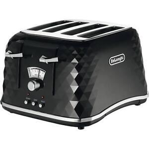 Delonghi CTJ4003.BK Brillante 4 Slice Electronic Control Toaster in Black
