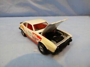 VINTAGE-CORGI-312-FORD-CAPRI-3-0S-Juicy-Jeans-DAILY-MIRROR-giocattolo-modello-di-auto-da-rally