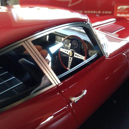 Jaguar type E E type GT SPIRIT 1 12  rojo