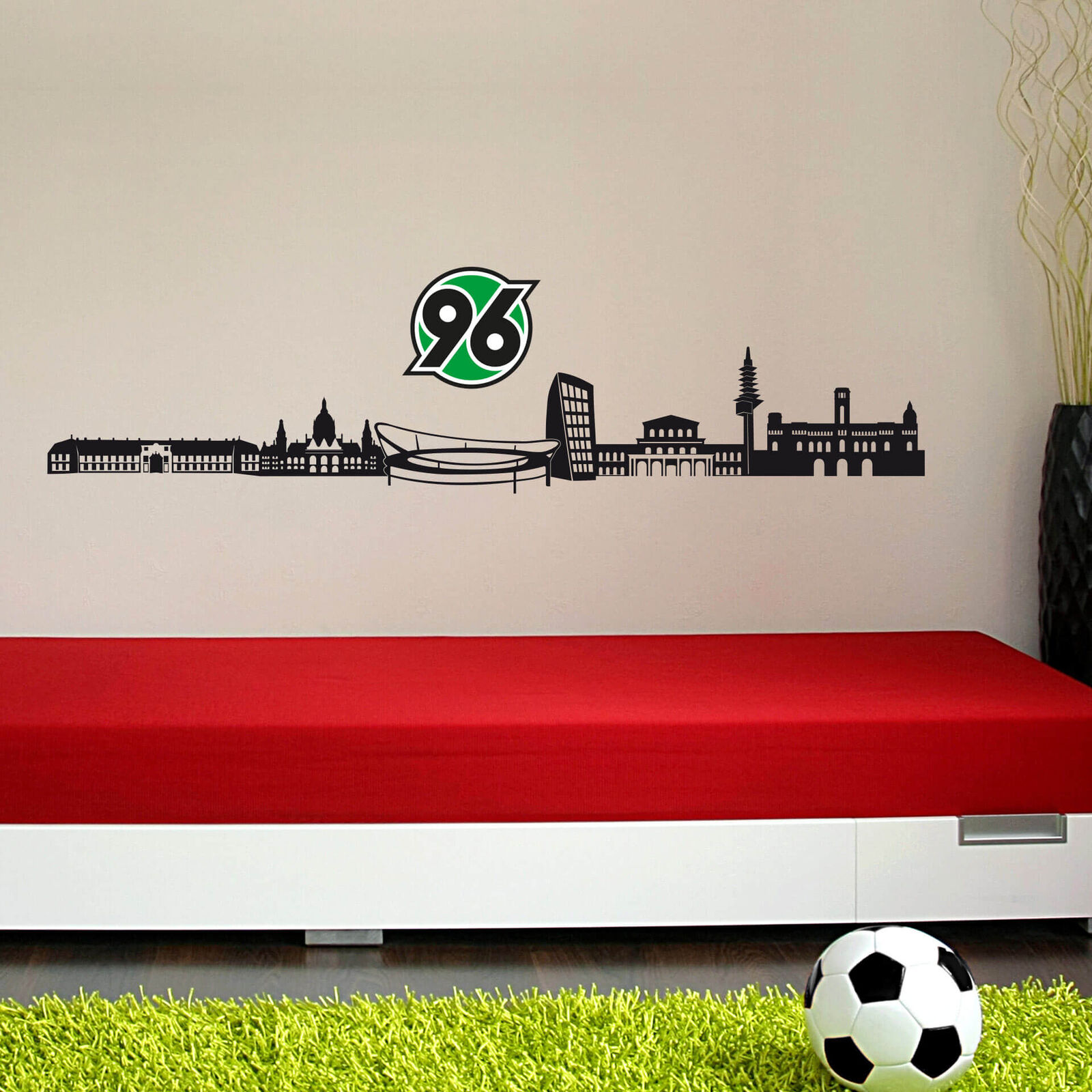 Wandtattoo Hannover 96 Skyline mit Logo farbig schwarz Wandbild Fußball 96