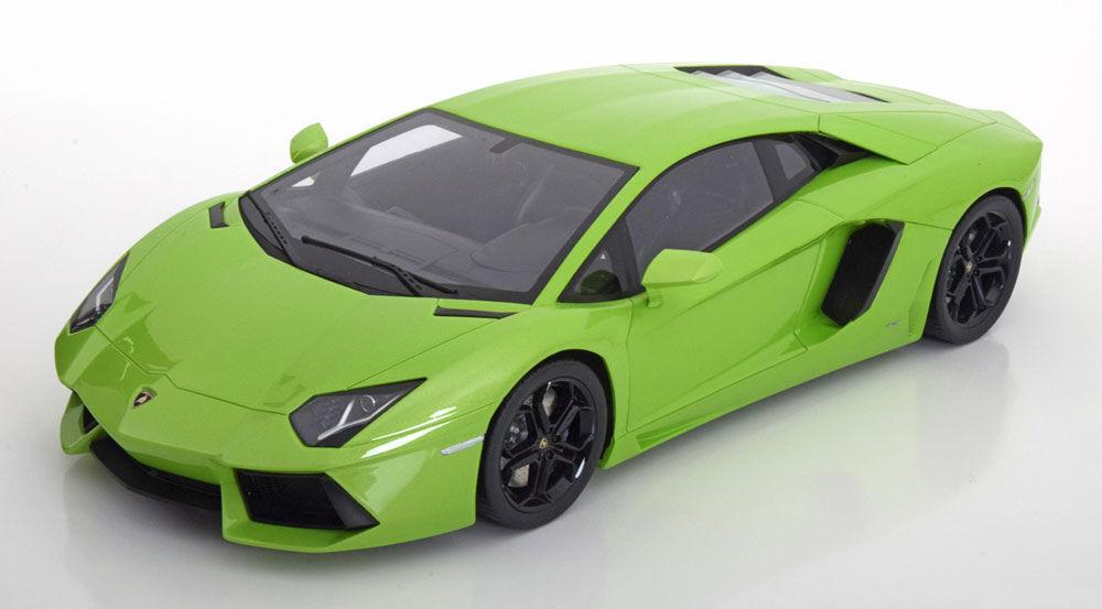 Kyosho Lamborghini Aventador LP 700-4 Green LARGE CAR CAR CAR 1 12 LE 600pcs New a5a
