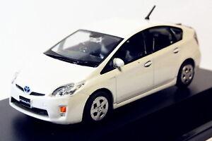 1-43-Toyota-Prius-Pearl-White-DIECAST-Model-Toy-veneno
