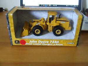 Diecast Ertl 5085 John Deere 744 H Tracto-chargeur, échelle 1:50, Entièrement Neuf Dans Sa Boîte-afficher Le Titre D'origine