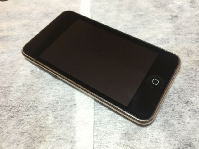 Apple iPod touch 2nd Generation Black(8GB) Sreen in Grade A Condition