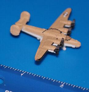 Military-Micro-Machines-1999-B-24-LIBERATOR-WWII-Galoob