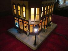 O SCALE MTH 30-90474 ALI'S TIKI BAR-CORNER BUILDING W/BLINKING SIGN