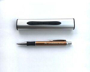 Premium-Kugelschreiber-mit-Automatik-Etui-Persoenliche-Gravur-auf-Etui-und-Kuli