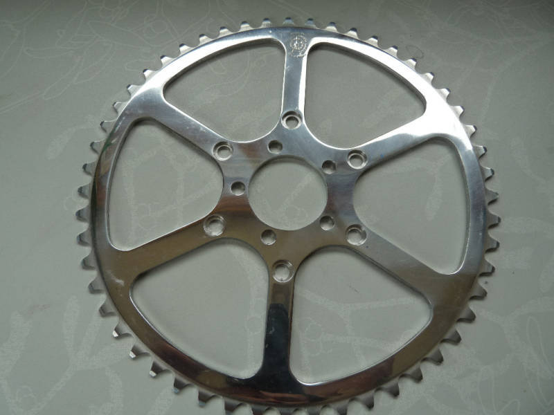 T.A. 52T Cyclotouriste Chainring double triple TA 52 3 32  Vintage Bike NOS