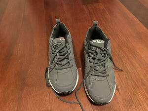 Mens Size 8 Gray Fila Tennis Shoes/sneakers NEW