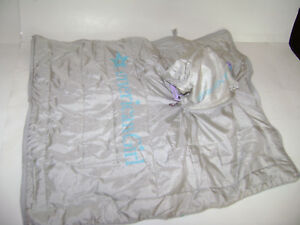 AMERICAN GIRL Cozy Sleepover Sleeping Bag Gray Silver Blue Rolls Up Retired
