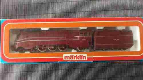 1 von 1 - Märklin HO Dampflokomotive BR 03 - Stromlinienlok der DR