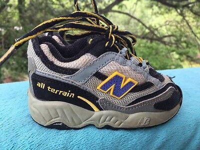 bas prix 359ac e6459 NEW BALANCE Running Hiking Walking 803 All Terrain Boys Girls Shoes Sz 5  Toddler | eBay