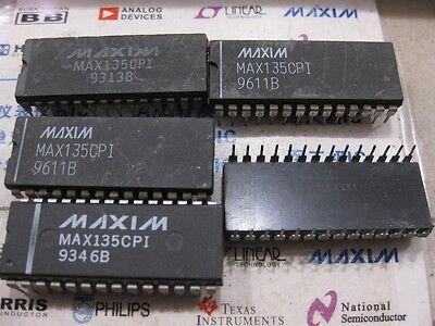 MAX135CPI+