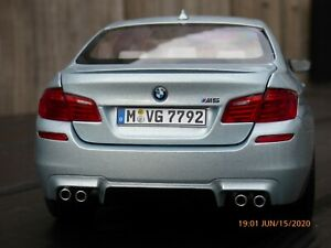 1-18-BMW-M5-Biturbo-F10-Sedan-Silverstone-2012-Coche-Modelo-de-Juguetes-Coleccionables-en-caja