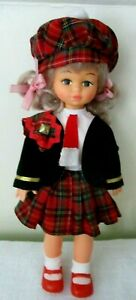 Playmates-1980-039-s-doll-with-Scottish-Costume-Blonde-hair-complete-outfit