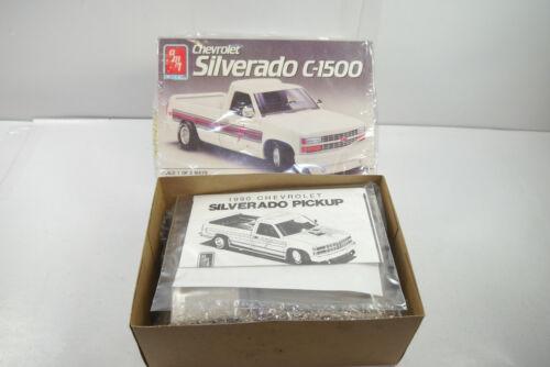 Amt Ertl 6069 Chevrolet Silverado C-1500 Voiture Kit Modèle Plastique 1:25 (f10)