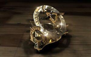 La Main En Laiton-cadran Solaire Avec Boussole-afficher Le Titre D'origine Finement Traité