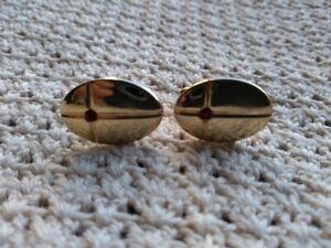 Swank-Garnet-or-Ruby-Red-Stone-Gold-Tone-Cuff-Links-Vintage-Oval-Cufflinks
