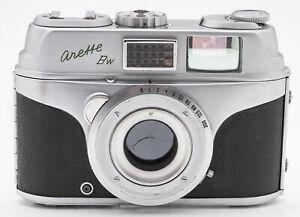 AKW-arette-Bw-Kamera-Sucherkamera-body-Wilon-Wetzlar-2-8-50mm-Optik