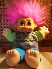 RUSS  Little boy troll w/sweater (fushia haired)