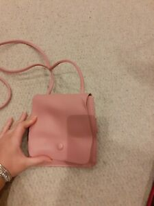 Oliver Bonas Women Emerson Clam Clasp Pink Coin Purse