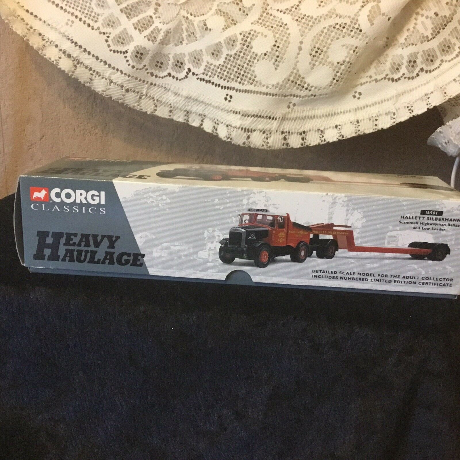 Corgi 16901 1.50 Scale Scammell Ballast &Low Loader, Boxed