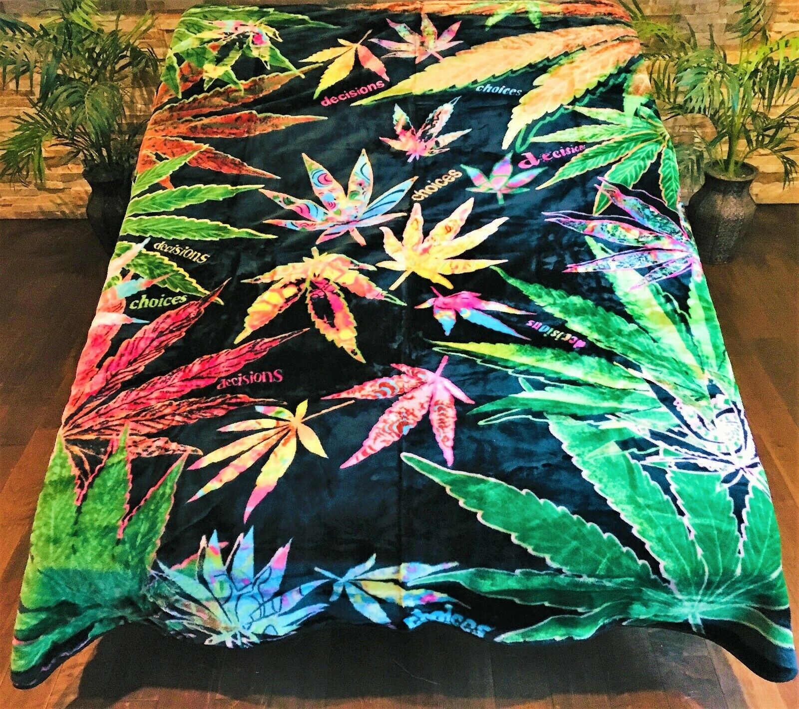 ☀️New  79x96 Luxury MEDIUM Weight Queen Blanket Weed Leaf Marijuana MultiColoreeeosso