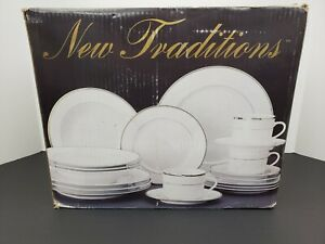 New-Traditions-20-Piece-Dinnereare-Set-Porcelain-With-Royal-Platinum-Band