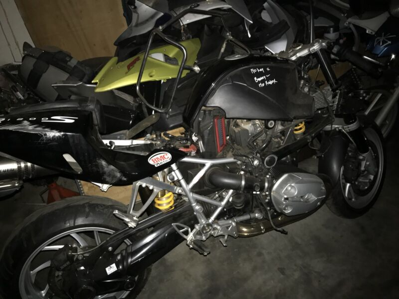 BMW R1200S stripping for spares