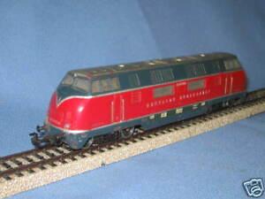 Marklin-3021-DB-Diesel-lok-Br-V-200-vers-3