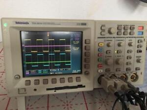 Tektronix-TDS3034-4-CH-DPO-Oscilloscope-with-2-Probe-TDS5054B-TDS7054B