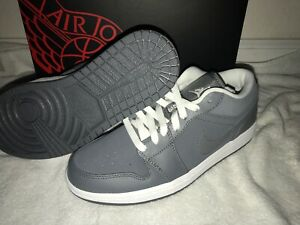 release date bf60e b295a Details about Air Jordan Retro 1 Low Cool Grey Men's 7 Style# 553558-005