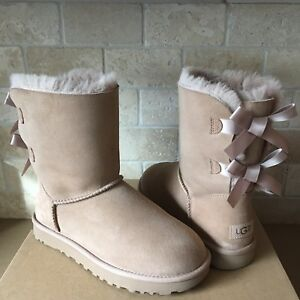 8322ad51666 Details about UGG SHORT BAILEY BOW II FAWN WATER-RESISTANT SUEDE FUR BOOTS  SIZE US 10 WOMENS