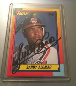 SANDY-ALOMAR-JR-AUTOGRAPHED-CARD-1990-TOPPS-TRADED-CLEVELAND-INDIANS-AUTOGRAPH