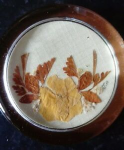Vintage-Glass-Paperweight-Of-Embroidered-Leaves