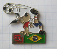 FUJI / FUSSBALL WM 94 USA / STRIKER / BRASILIEN .....Sport / Foto Pin (170f)