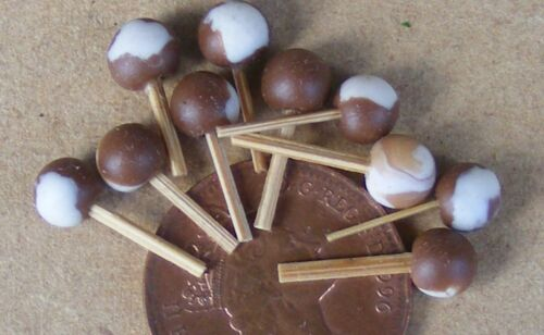 1:12 Scale 10 Round Chocolate Lollipops Tumdee Dolls House Miniature Sweets