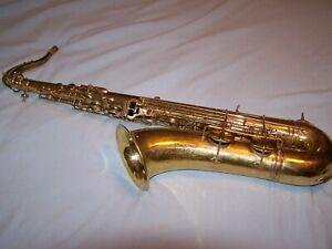 1935-Vintage-Buescher-Aristocrat-Series-I-Tenor-Saxophone-with-case