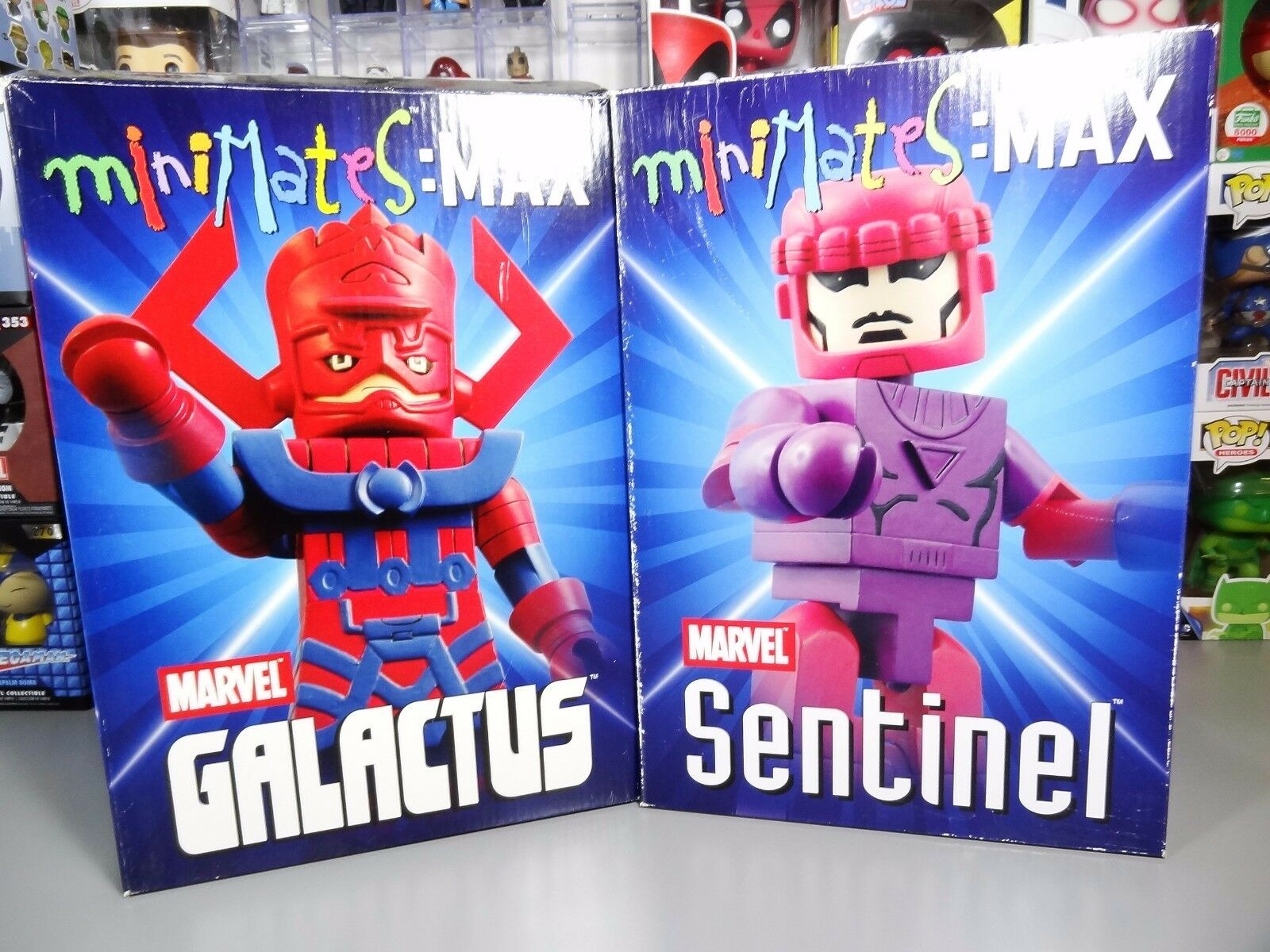 Marvel Minimates MAX Galactus & Sentinel Limited Edition w/ Certificates