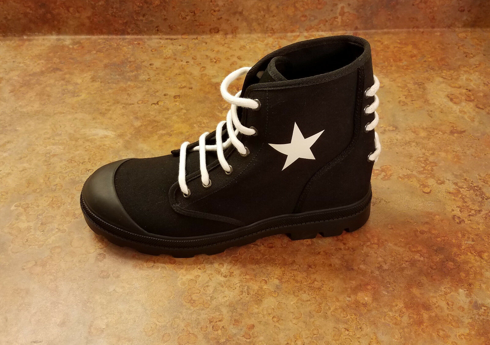 New  Givenchy 'Olympus' Star Print Canvas Boots Black Mens 7 US 40 Eur MSRP  695