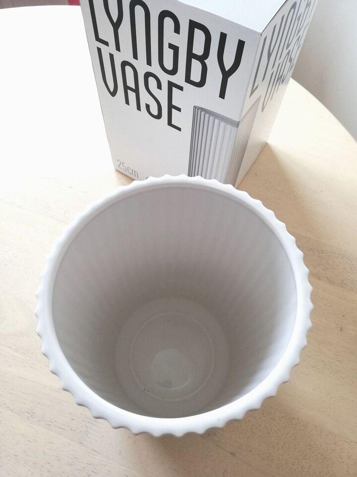 Vase, Lyngby Vase, Lyngby