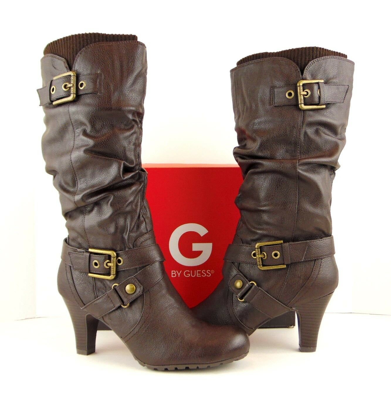 NIB GUESS Braun Faux Leder Gold Buckle Stiefel Slouchy Pull On Heel Stiefel Buckle 9M (S535) 990687