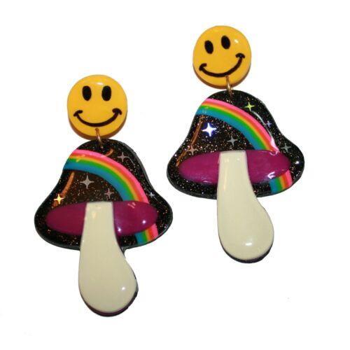 Blush Daisy Mushroom Earrings - kitsch cute hand m